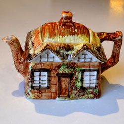Price Kensington Cottage Ware Teapot Cottage Ware Teapot