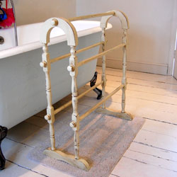 Shabby chic towel rail vintage towel rail vintage for Shabby chic towel stand