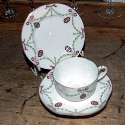 Dating royal worcester plates
