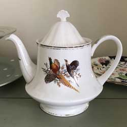 Sheriden Staffordshire teapot pheasant pattern ref A2