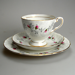 CATALOGUE TEA CUPS & SAUCERS: Collectable-China