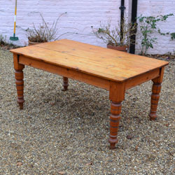 Merveilleux Antique Victorian Pine Plank Topped Farmhouse Kitchen Table On Ring Turned  Legs